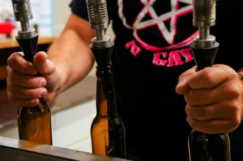 Une bière de soif pendant les travaux d été, de « Sam » (celui qui  conduit), pour le plaisir ou pour arrêter de fumer… ea92b583ab0